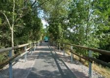 Radweggeländer entlang der ehemaligen Bahntrasse Zeitz - Camburg (170m)