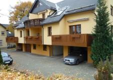 Balkonverkleidung für zwei bestehende Balkone, Marienberg - nur Montage