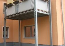 Balkonkonstruktion mit Geländer in Thum